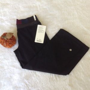 Lululemon Athletica Dharana Crop